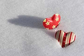 Herzen im Schnee