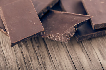 pieces of dark chocolate closeup