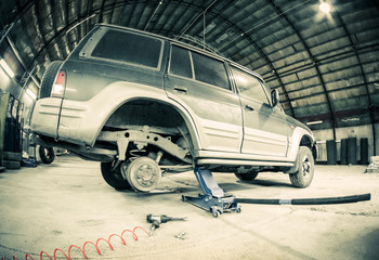 tire-fitting shop