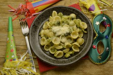 Orecchiette mit brassica oleracea Italienische Küche 義大利菜