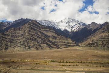 snow mountain range on the way to Hemis monastery