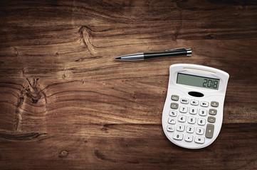 2018 calculator desk