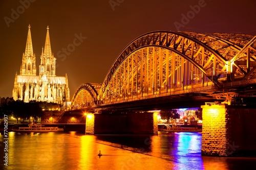 canvas print picture Köln bei Nacht