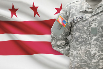 American soldier with US state flag - District of Columbia