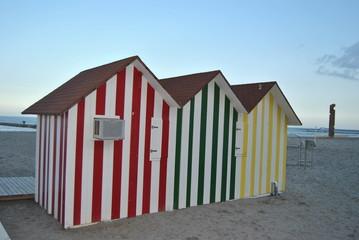 Casetas de playa de colores