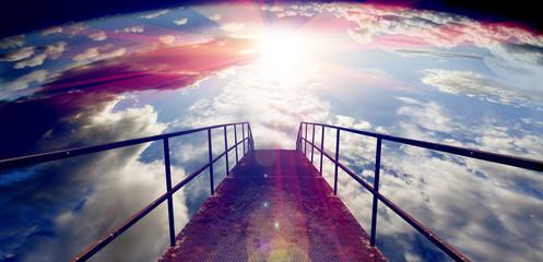 Fondo abstracto, puesta de sol y pasarela sobre el cielo.