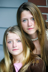Beautiful Sisters - Serious