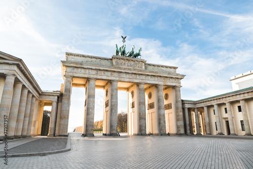 Brandenburger Tor In Berlin - 77107357