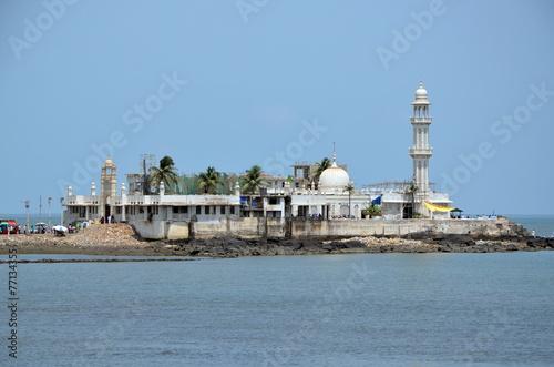 Papiers peints Inde Mosque Haji Ali in Mumbai, India