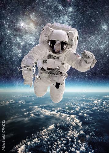 Deurstickers Ruimtelijk Astronaut in outer space