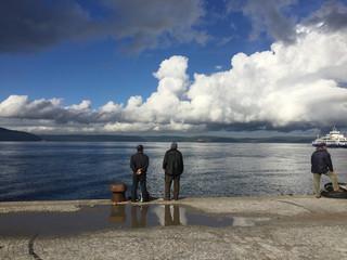 insan , Deniz ve Bulutlar