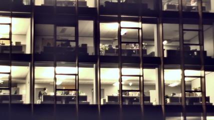 Night Vilnius. Offices in the Skyscraper_5.mov