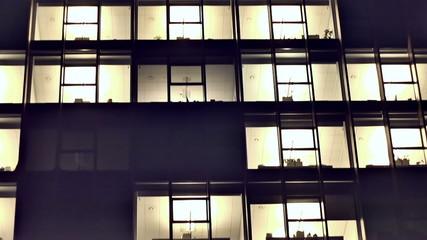 Night Vilnius. Offices in the Skyscraper_1.mov