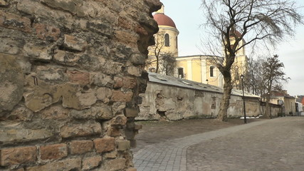 Vilnius. Old street and wall. 5.mov