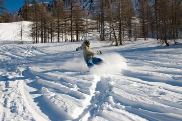 snowboarder en action