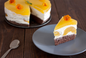 piece of cake with jelly and peaches