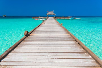 Maldives, wood bridge