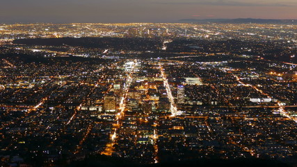 Glendale and Los Angeles Dusk to Night with Zoom In