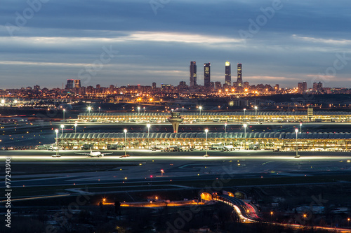 Madrid-Barajas Airport during night - 77243908