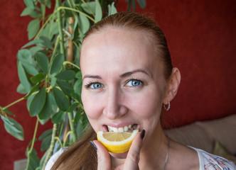 girl bit lemon