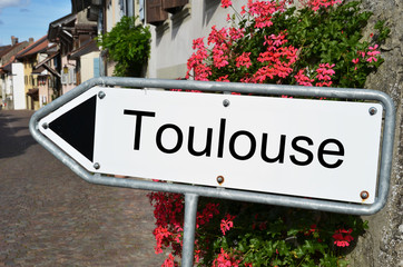 Toulouse road sign