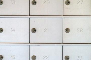 numbered locked metal mailboxes