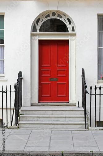 Zdjęcia na płótnie, fototapety, obrazy : Red door