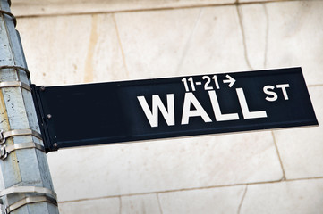 Close up of a Wall street direction sign, New York, USA