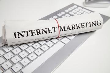 internetmarketing auf zeitung gechrieben