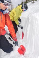 Schneeprofil graben