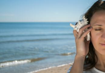 to listen sea