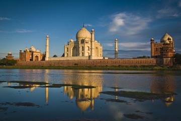 India, Agra, Taj Mahal reflecting in river
