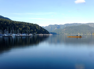 Canada, Vancouver, Deep Cove, Kayak on tranquil lake