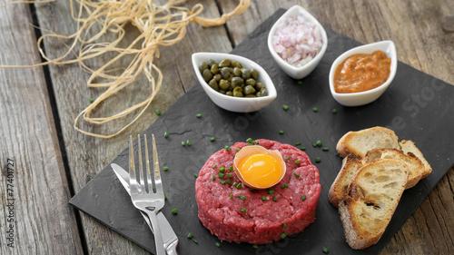 steak tartare façon italienne 4 - 77401727