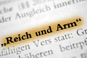 """""""Reich und Arm"""" - hellbraun markiert"""