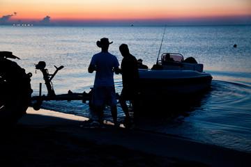 Italy, Puglia, TA, Ginosa, Marina di Ginosa, Italian Fishermen
