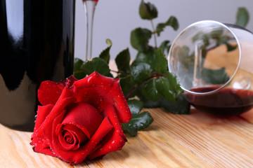 Rosa rossa e calice di vino #2