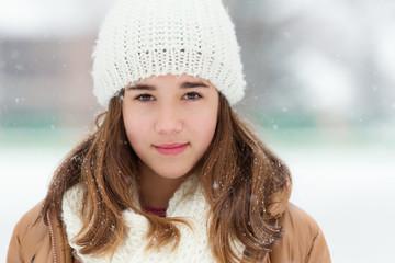 Winter portrait of teenage girl (14-15)