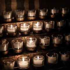 USA, Washington DC, National Cathedral, Church offering candles