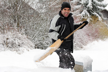 Schneeräumen mit Spaß