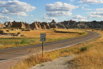 USA, South Dakota, Badlands National Park, View of road