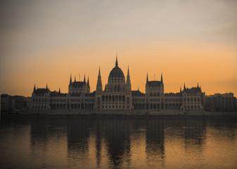 Hungary, Budapest, Parliament building at sunrise