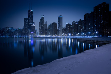 USA, Illinois, Chicago, Skyline seen from North Avenue Beach