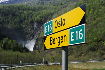 Norway, Road signs