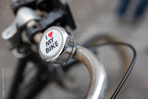 vélo urbain - 77452197