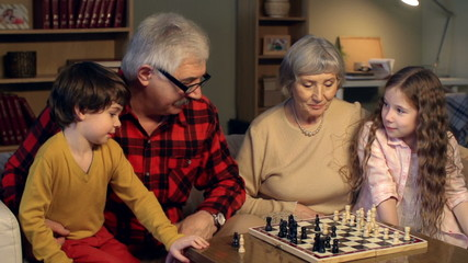 Foursome Chess Play