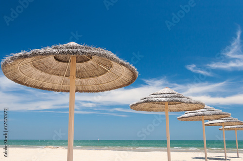 canvas print picture Umbrellas on the beach