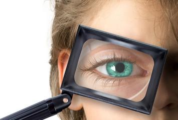 Bambino con lente d'ingrandimento - Boy with a magnifying glass