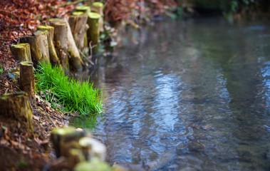 Bach, Uferbefestigung