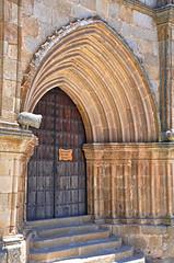 Trujillo, Cáceres, España, portada de Santa María la Mayor